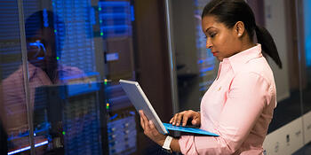 why-your-data-center-cleaning-procedure-is-critical-data-center-maintenence